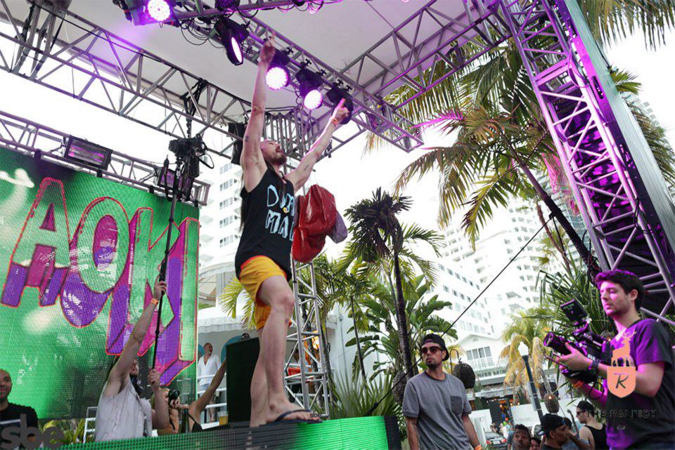 Dim Mak Records Pool Party with Steve Aoki